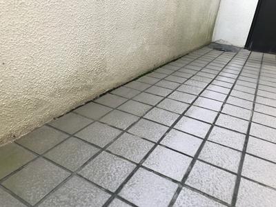 さいたま市外階段の雨漏り
