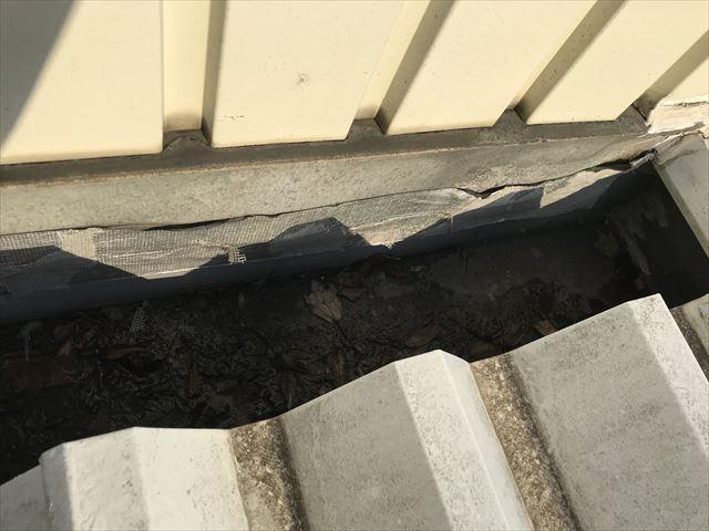 さいたま市北区雨どいの補修テープの劣化