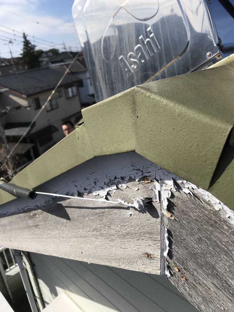 春日部市の外壁塗装の点検にて破風板の不具合