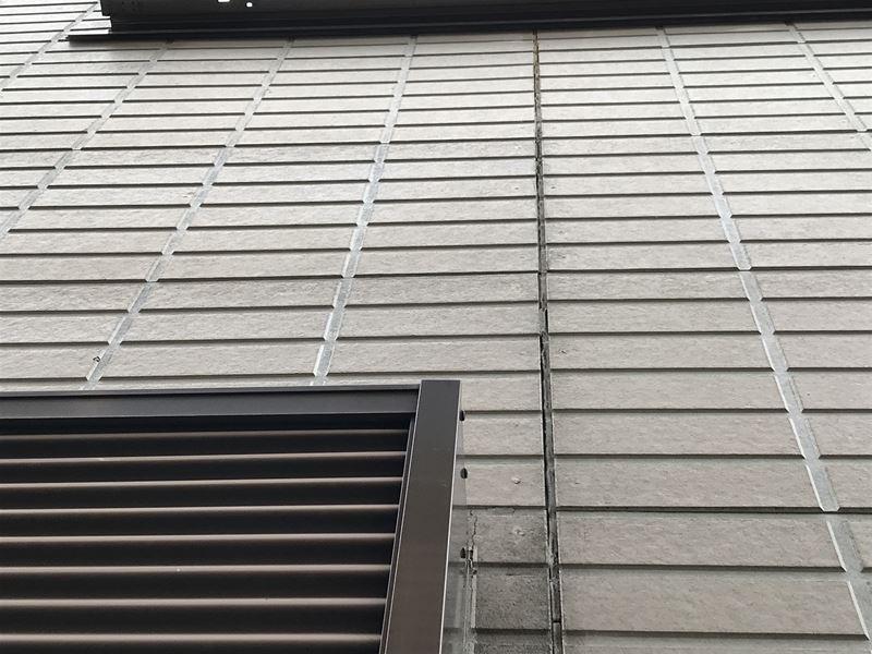 さいたま市岩槻区外壁塗装前点検シーリング目地劣化