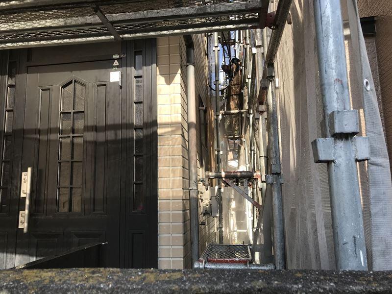 さいたま市岩槻区塗装前に外壁を高圧洗浄