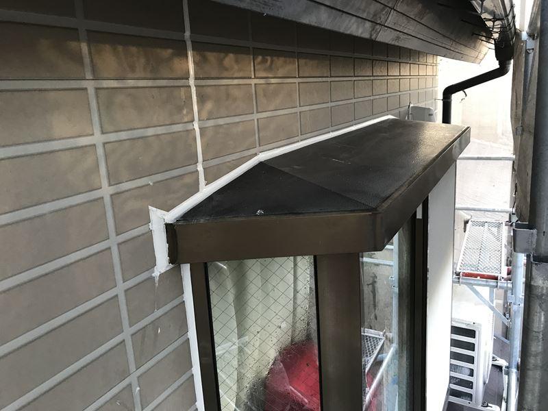 さいたま市岩槻区出窓まわりをオートンイクシードで増し打ち