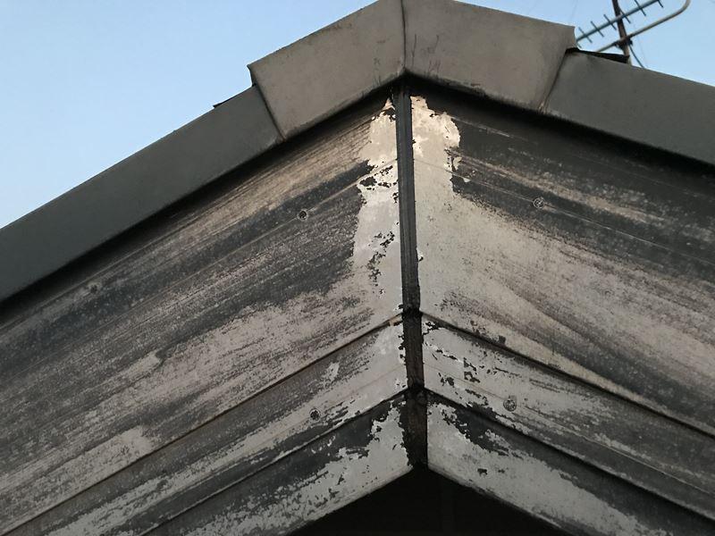 さいたま市岩槻区塗装前に破風板の不具合にコーキング補修