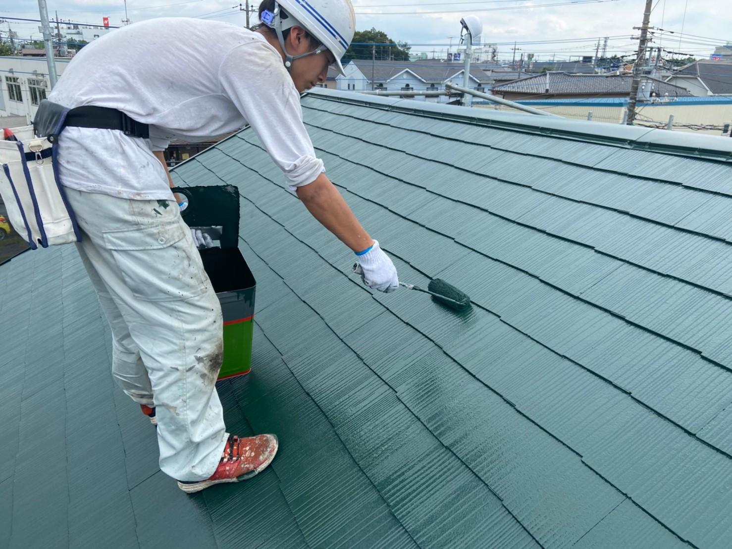 上尾市日の出屋根塗装上塗り作業