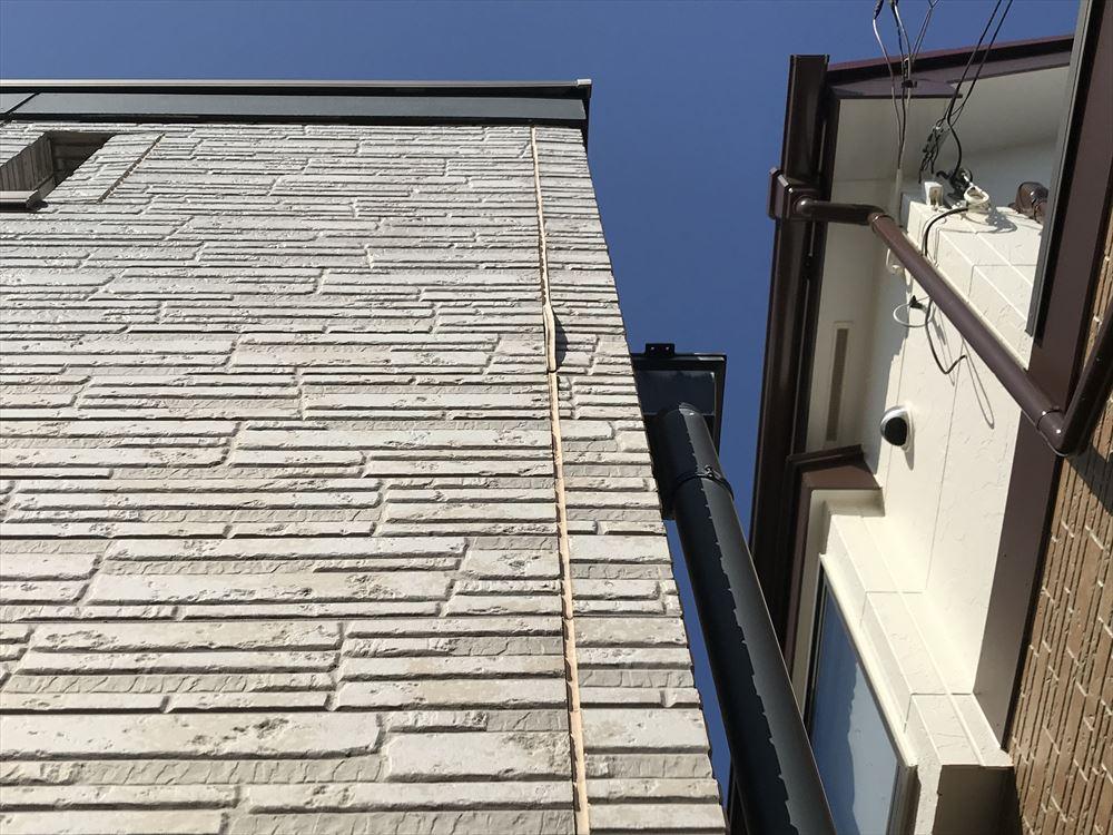 上尾市サイディング南側外壁目地の不具合