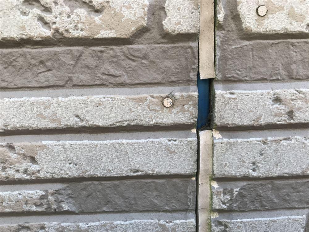 上尾市のサイディング外壁シーキング(コーキング)取れた目地