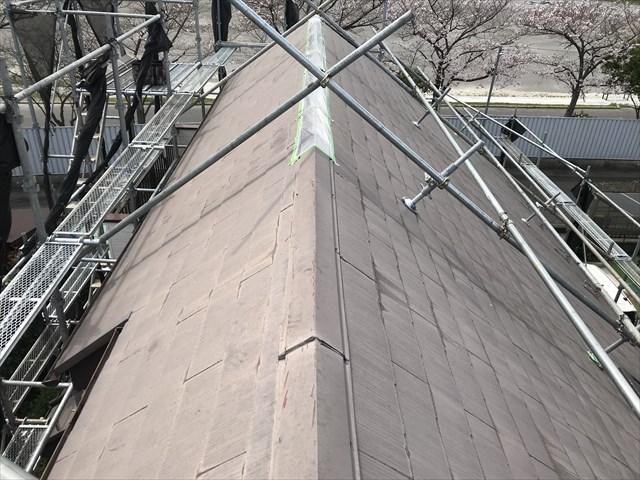 伊奈町急勾配スレート屋根の塗装前