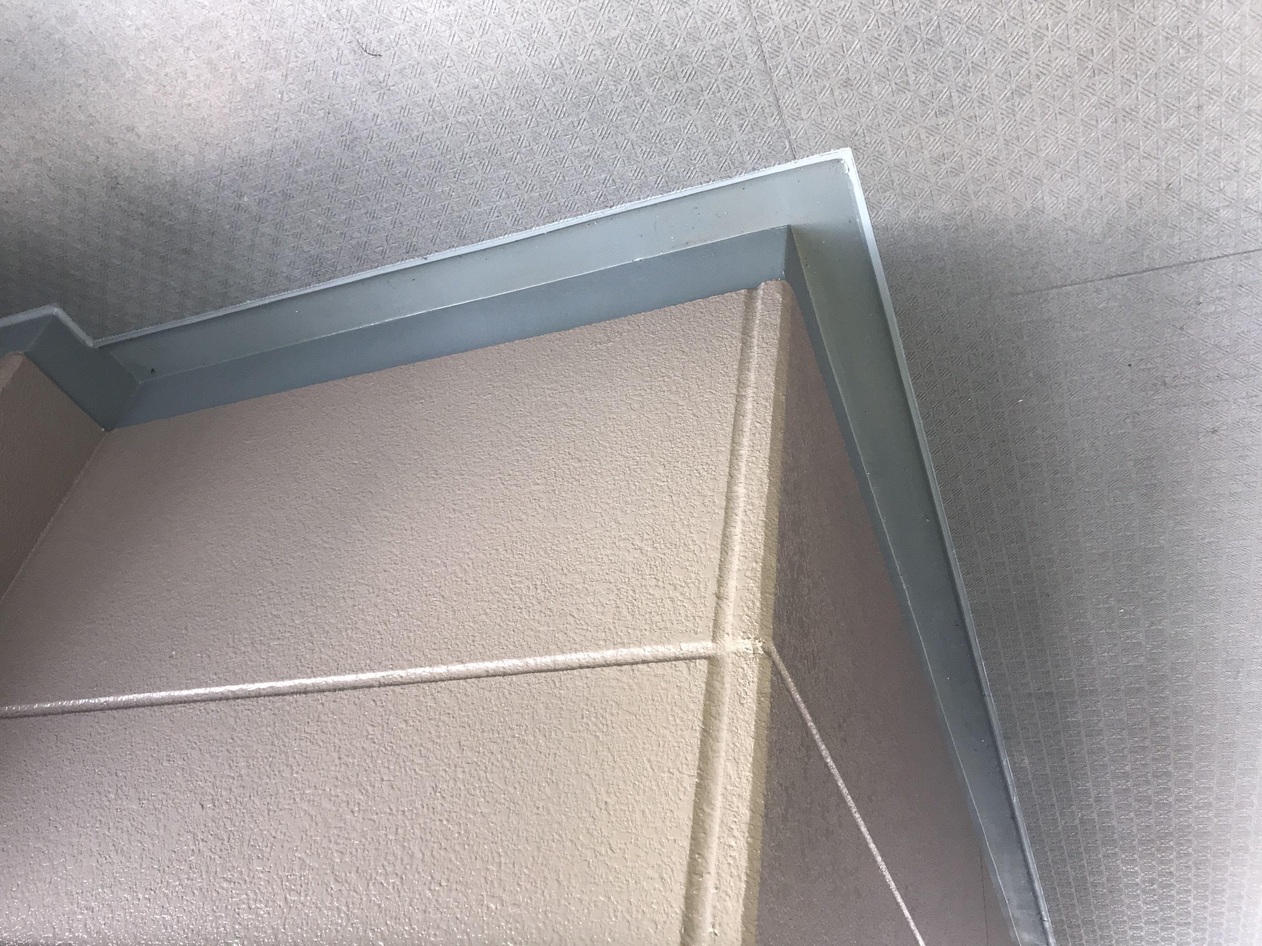 さいたま市北区マンション3階フロア脇防水トップ塗装