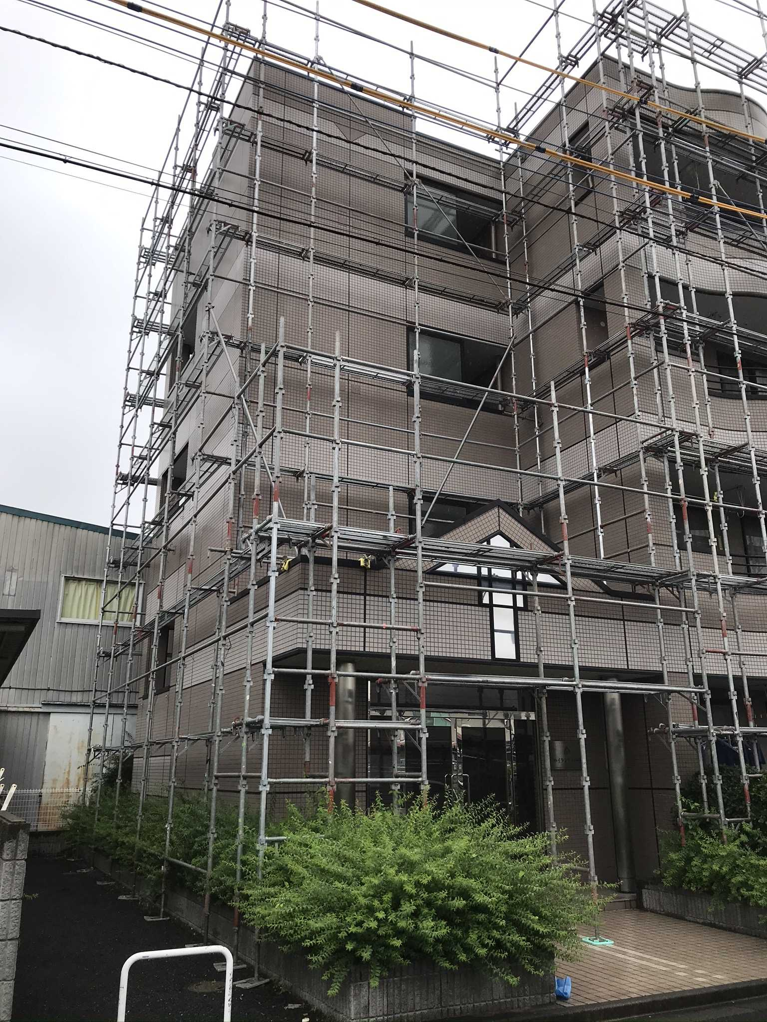 さいたま市北区マンション塗装工事メンテナンス完了後足場シート外し北西角