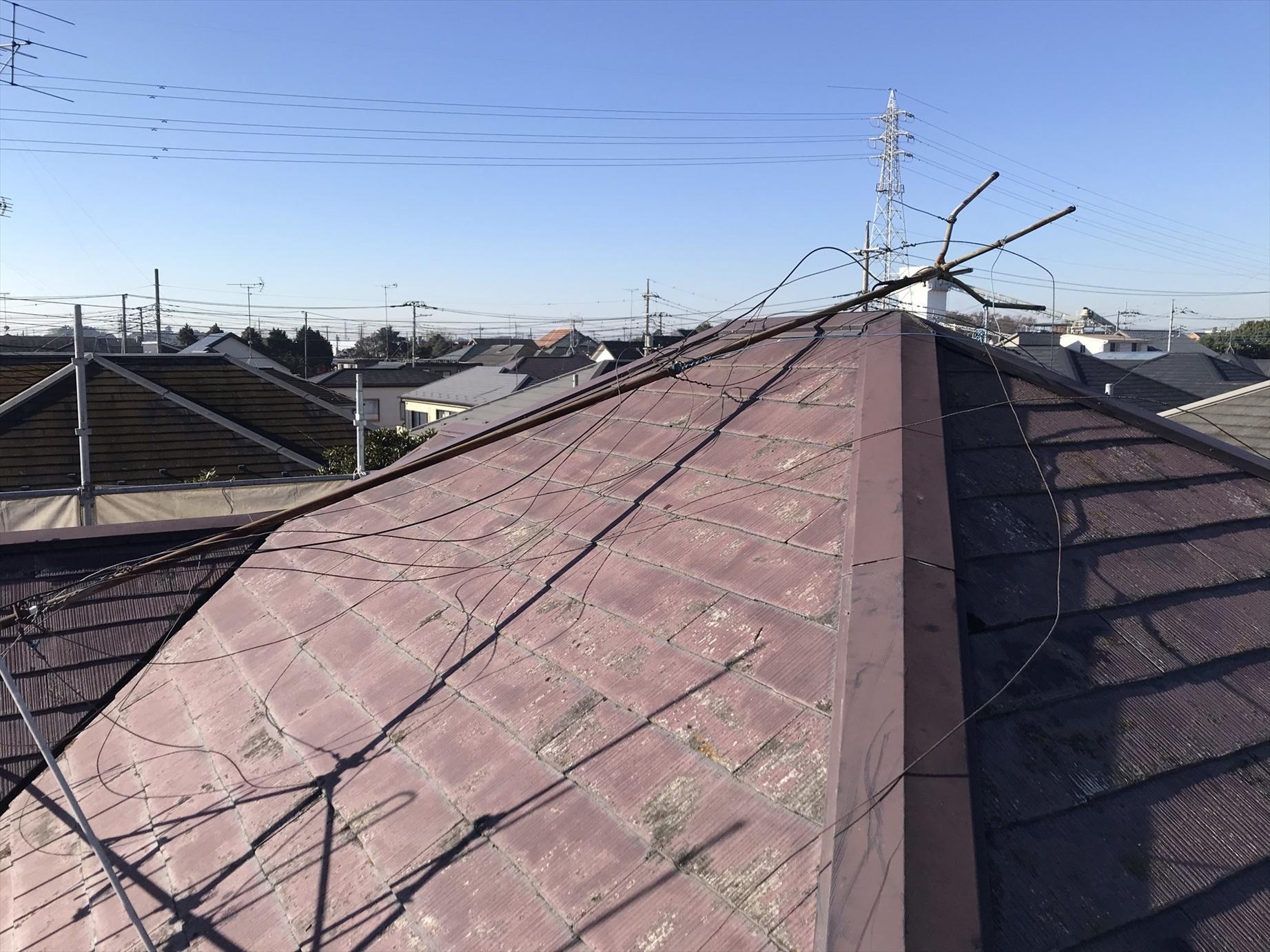伊奈町賃貸一軒家塗装作業前に不要のアンテナ撤去