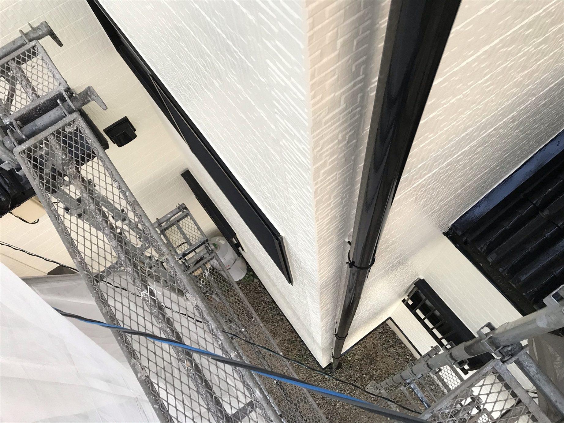 上尾市外壁塗付帯部たて塗装