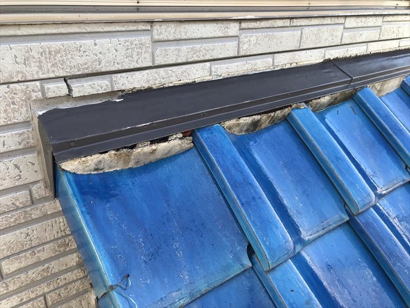 伊奈町瓦下屋根部分の劣化