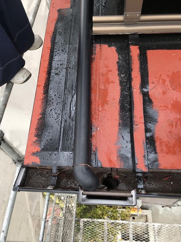 伊奈町外壁塗装時に縦樋不良部分を交換
