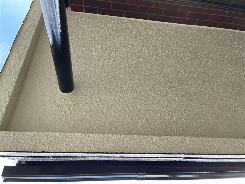 伊奈町外壁塗装工事完了後玄関ポーチ天井写真