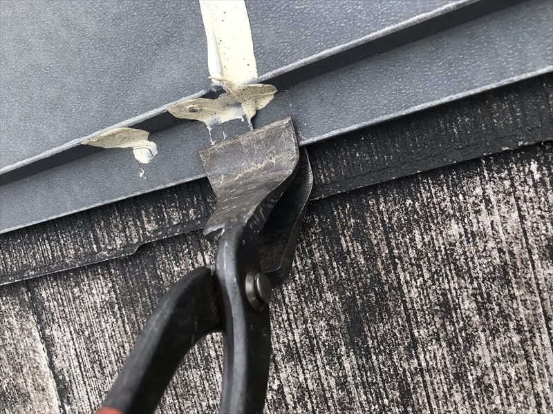 鴻巣市屋根塗装前の棟板金補修