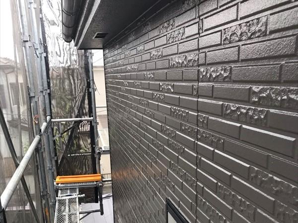 鴻巣市で「超低汚染リファイン1000Si-IR」を使用し外壁塗装上塗り完了