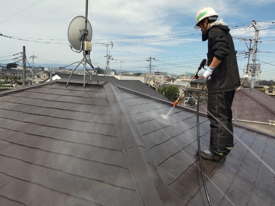 上尾市の屋根高圧洗浄