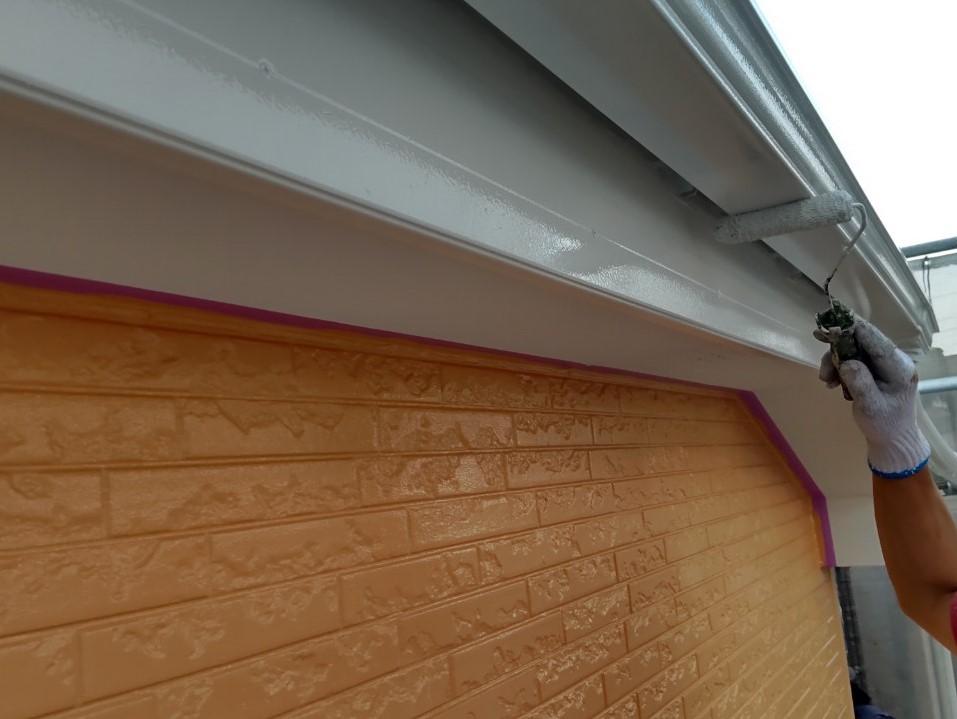 上尾市壱丁目外壁塗装付帯部分鼻隠し、雨樋塗装