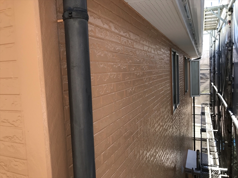 上尾市壱丁目塗装作業終了した外壁