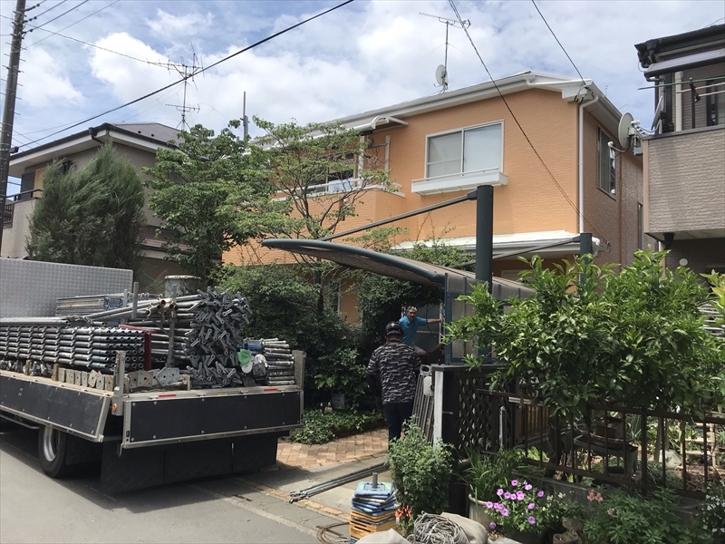 上尾市壱丁目の屋根・外壁塗装工事完了し仮設足場解体