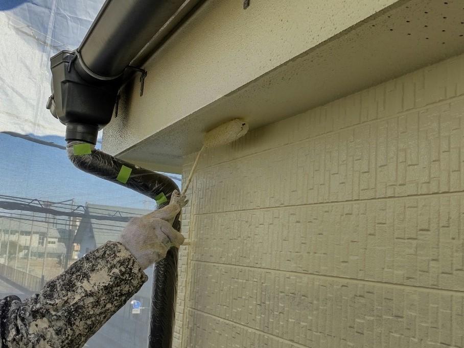 上尾市外壁塗装の付帯部分軒天塗装