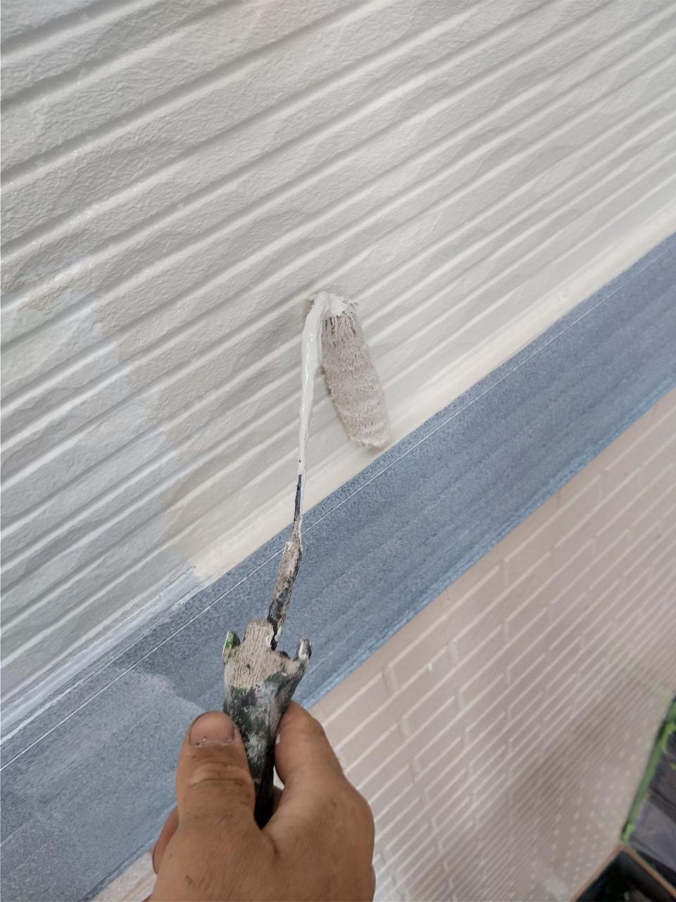 伊奈町賃貸一軒家外壁塗装の下塗り