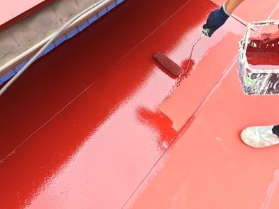 中塗り塗装作業