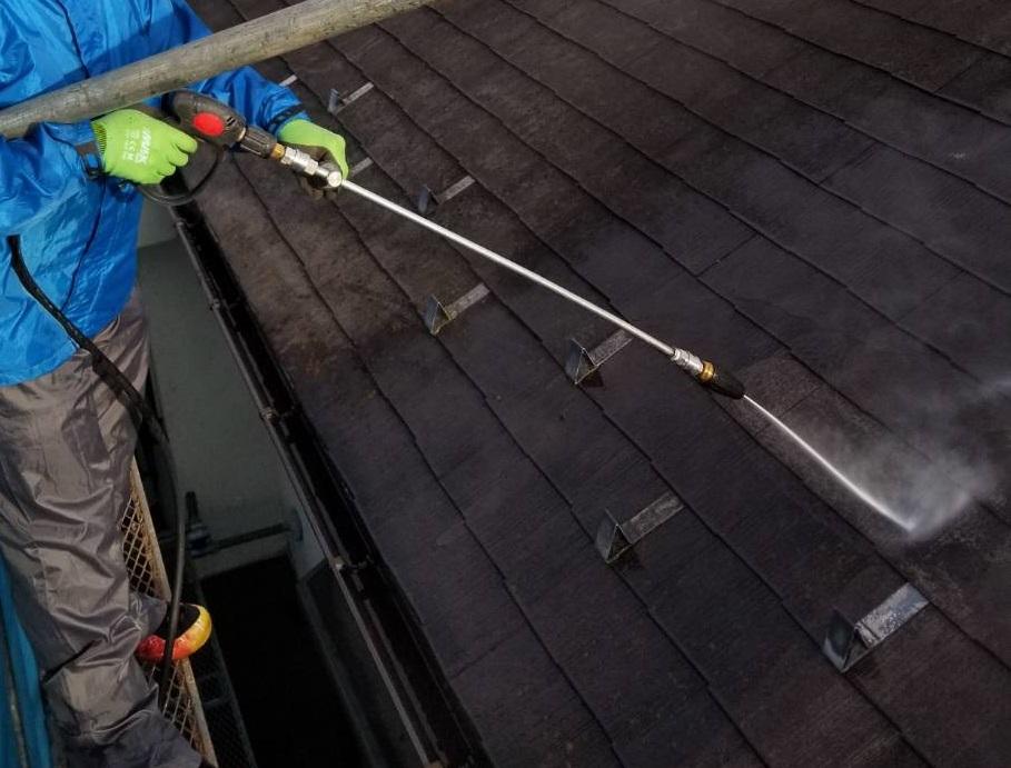 スレート瓦屋根高圧水洗浄