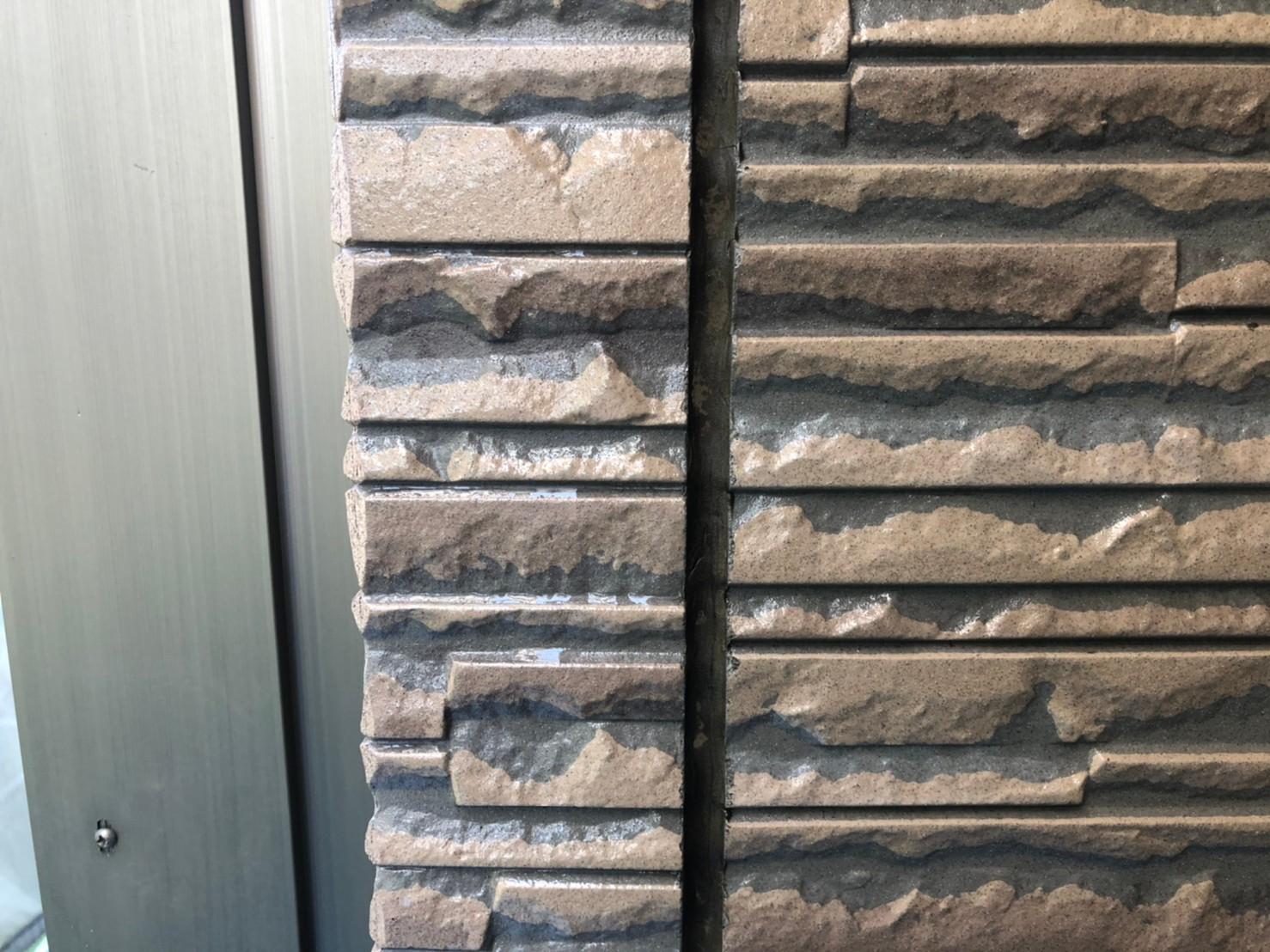 伊奈町外壁の劣化した目地シーリング打替え完了