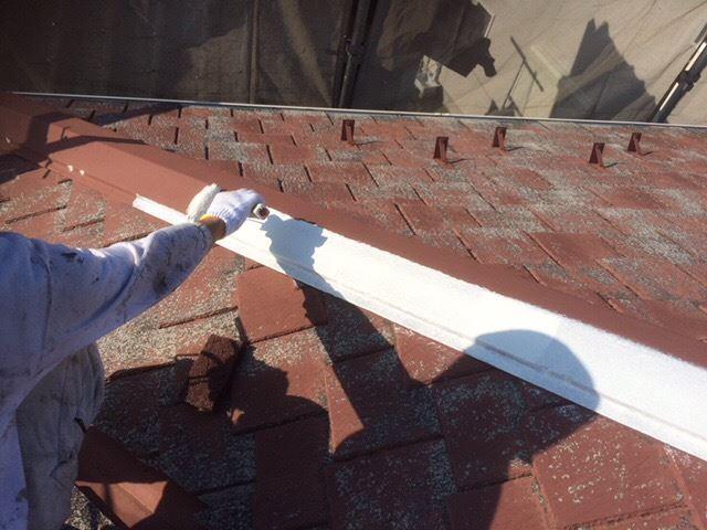 屋根鉄部下塗り作業