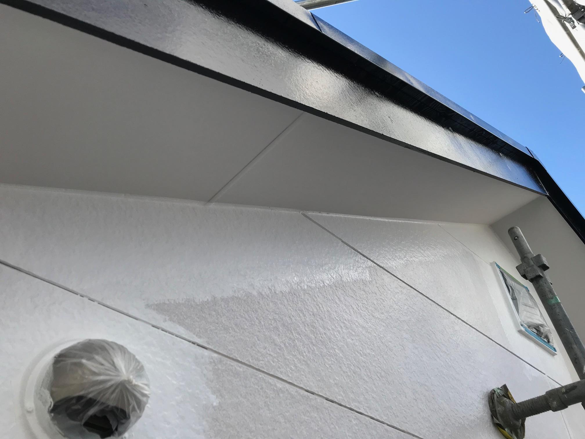 サイディングボード外壁の中塗り