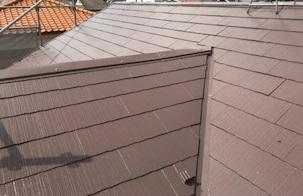 「ニッペサーモアイSi」で屋根中塗り完了