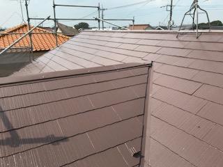 ニッペサーモアイSiでスレート屋根の中塗り完了