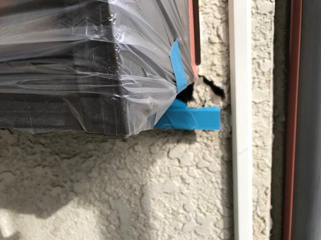 出窓角補修前