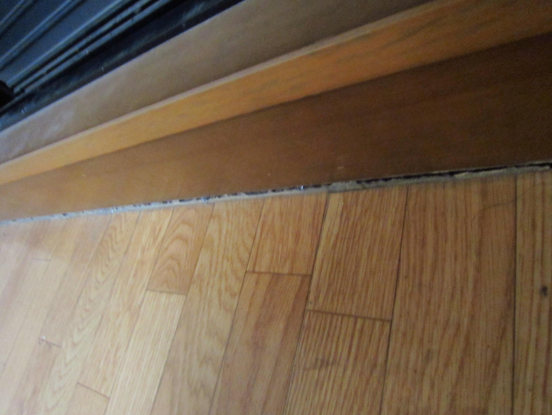 床隅の隙間2