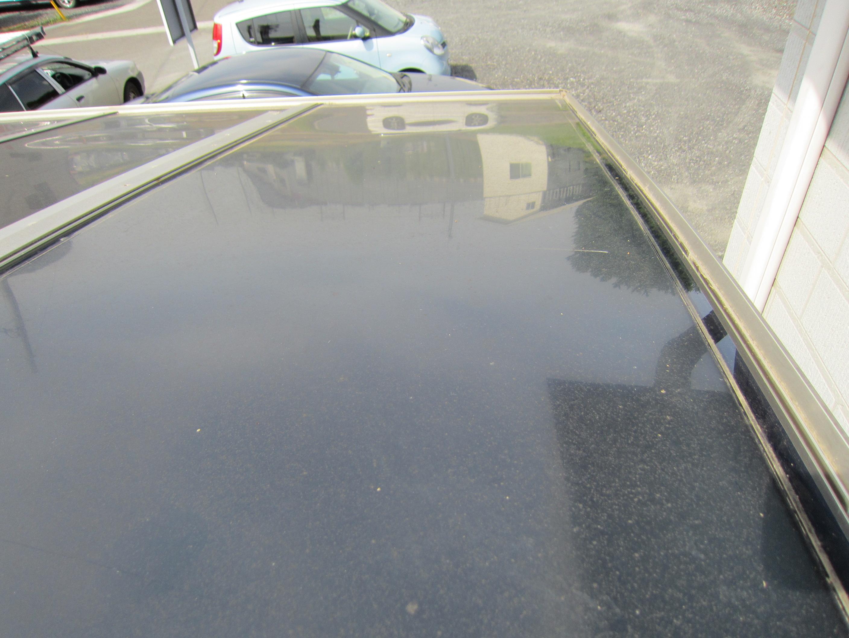 足場設置の為一時取り外すカーポート屋根