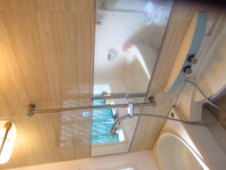 浴室鏡交換1