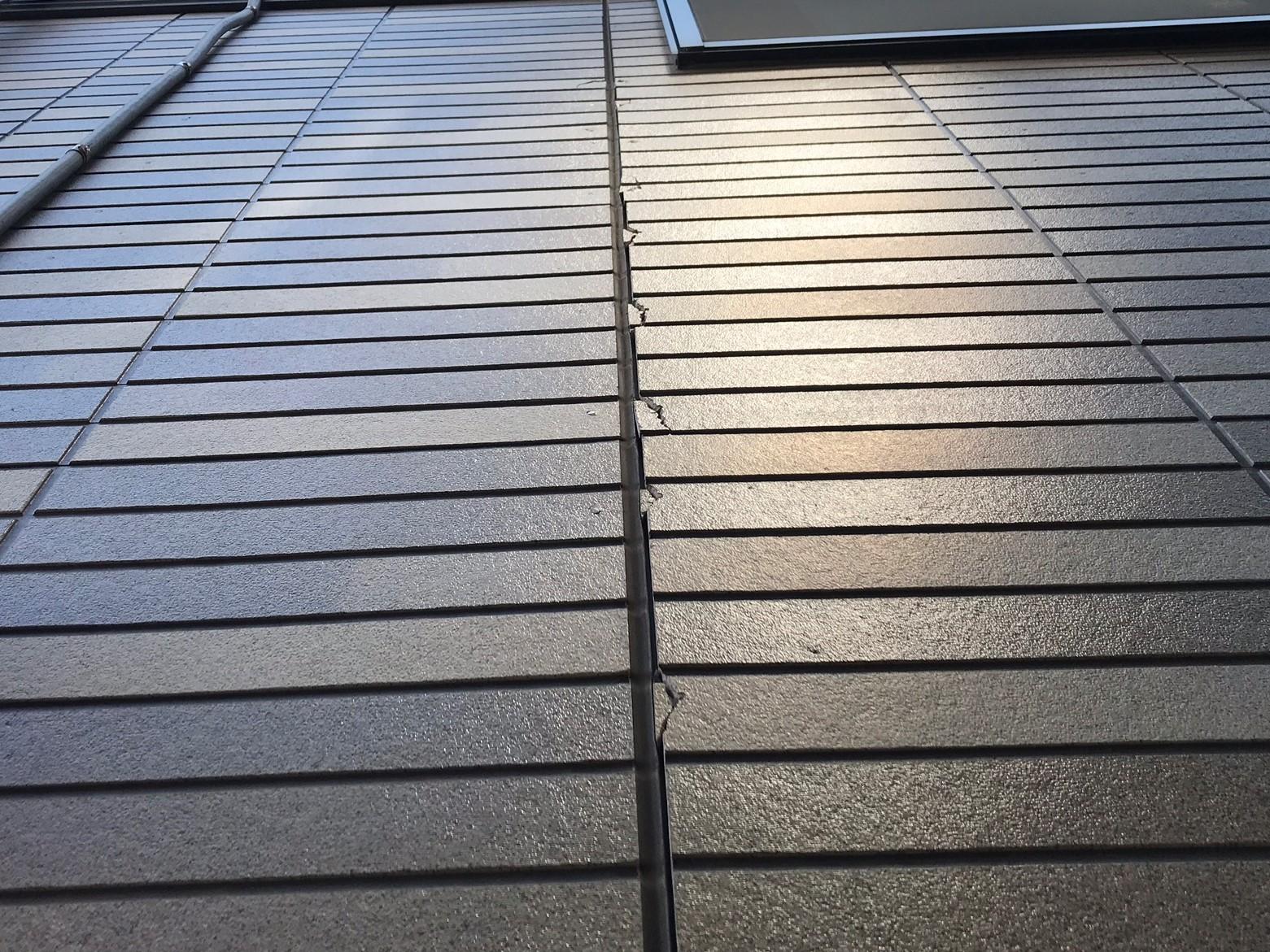 上尾市屋根塗装前サイディング外壁不良補修前