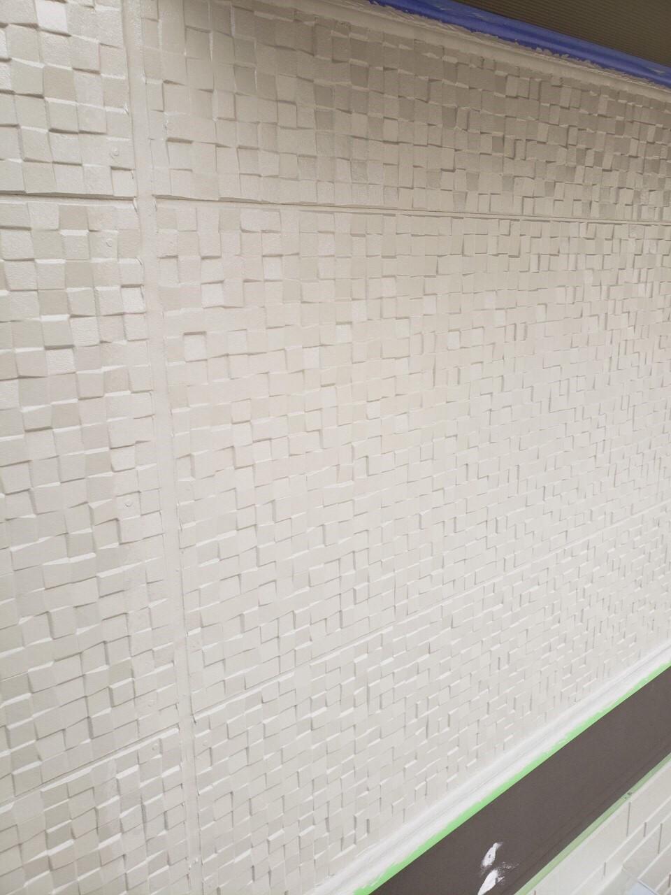 上尾市で外壁塗装中塗り完了