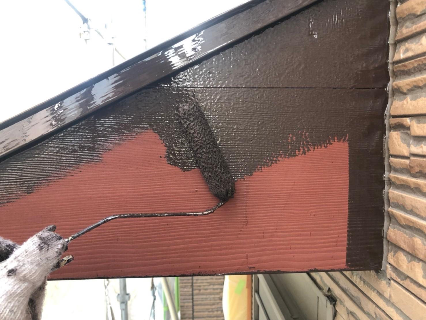 伊奈町外壁塗装付帯木部塗装中塗り